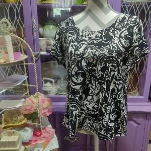 Notations Blacl & White Blouse Size PXL